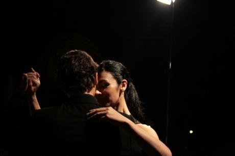 tango_dancers